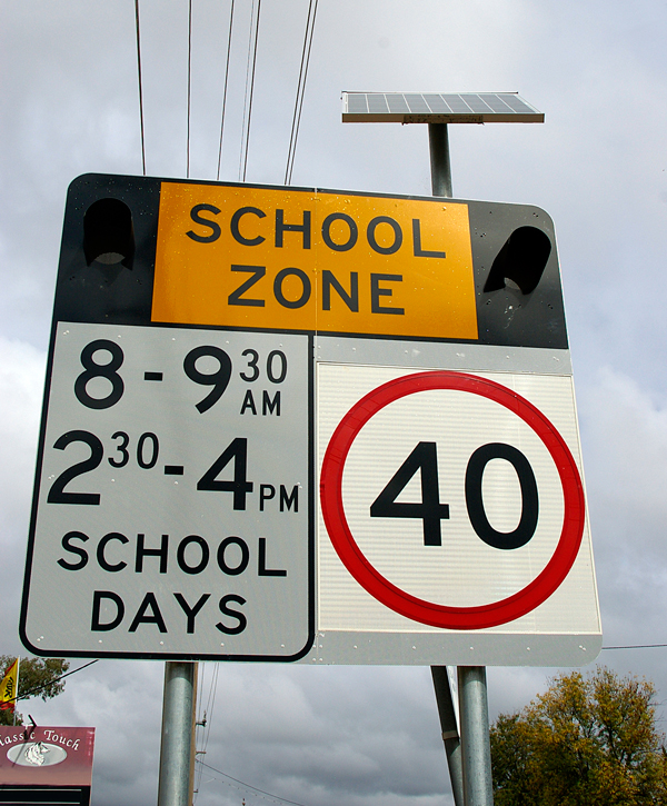 Flashing lights for school zones
