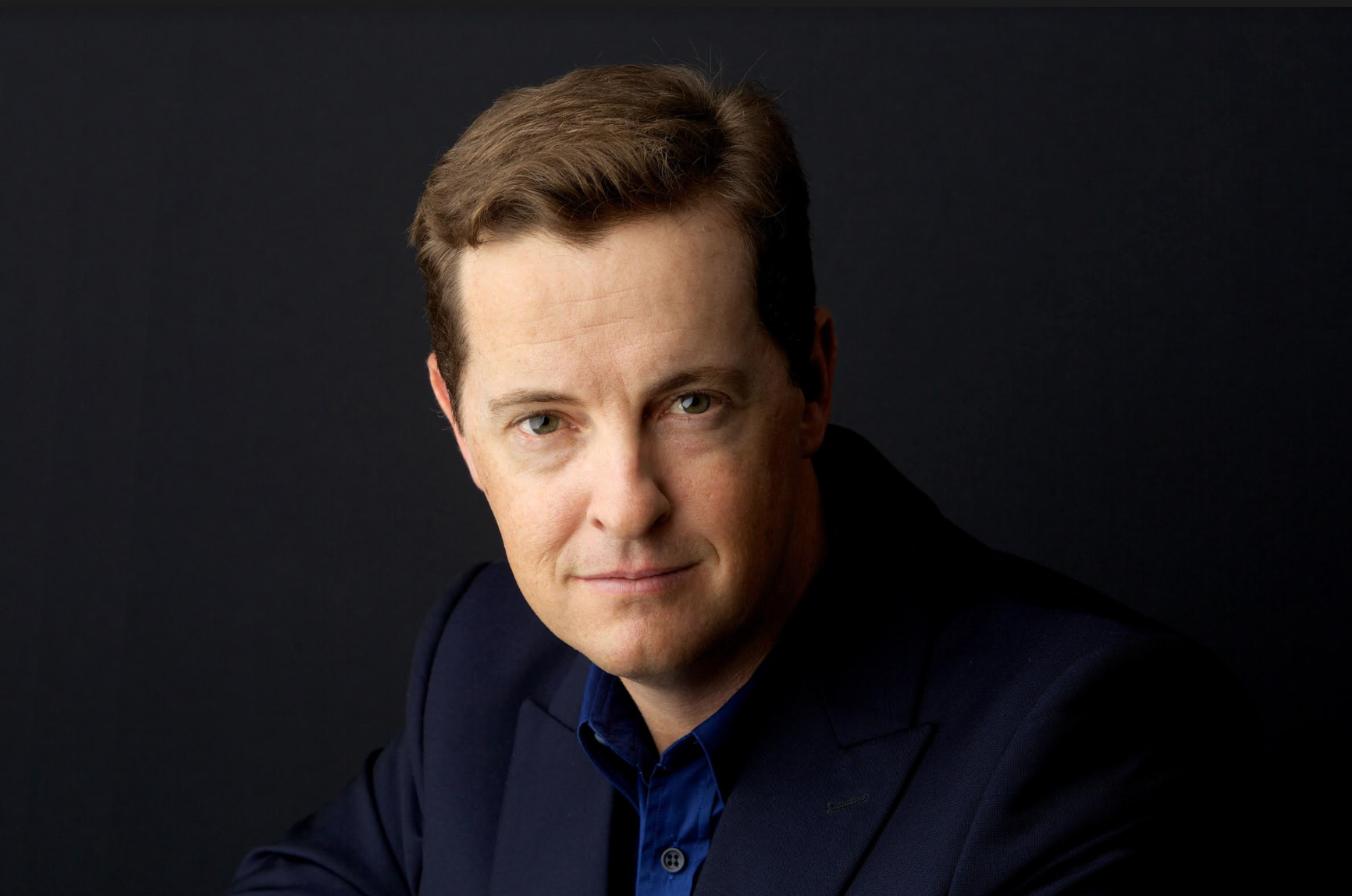 ­MATTHEW REILLY: BESTSELLING AUTHOR